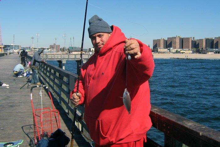 Рыбак c рыбкой